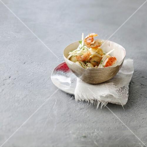 Crayfish and dill salad