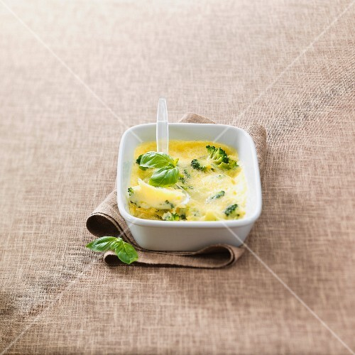 Broccoli cheese-topped dish