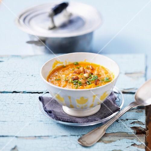 Pumpkin soup with hazelnuts