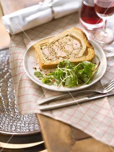 Slice of crust paté