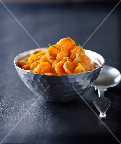 Spicy carrots with honey