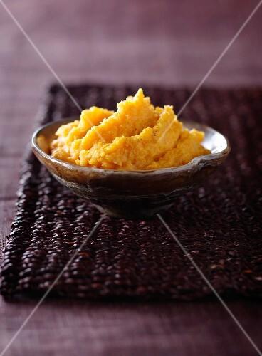 Vanilla-flavored sweet potato mash