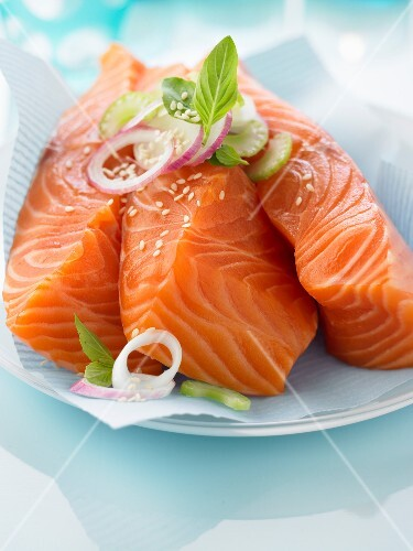 Thick pieces of raw salmon