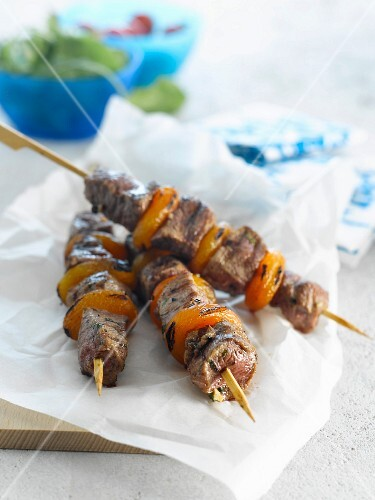 Lamb and dried apricot brochettes