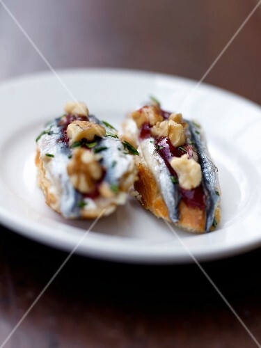 Anchovy,tomato sauce and walnut Pintxos
