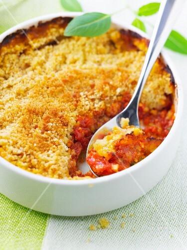 Tomato savoury crumble