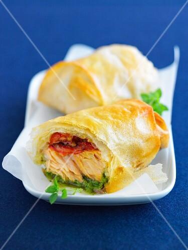 Salmon, stewed tomato and pesto crisp rolls