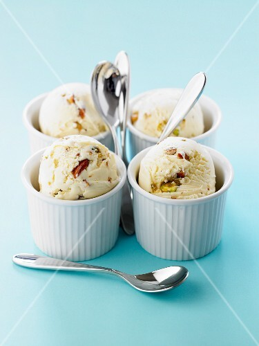 Mascarpone ice cream