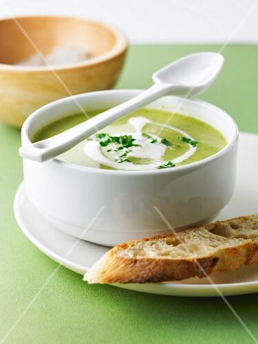 Cream of zucchini and potato soup