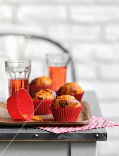 Sun-dried tomato savoury muffins