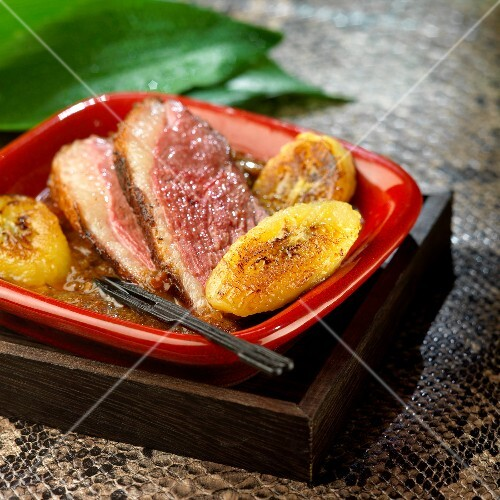 Duck magret with roasted bananas, Tanzania