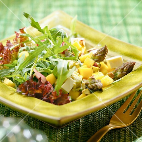 Asparagus, mango and feta salad, honey sauce
