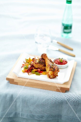 Marinated chicken drumsticks with peppers