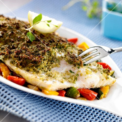 Perch fillet in basil crust with southern vegetables