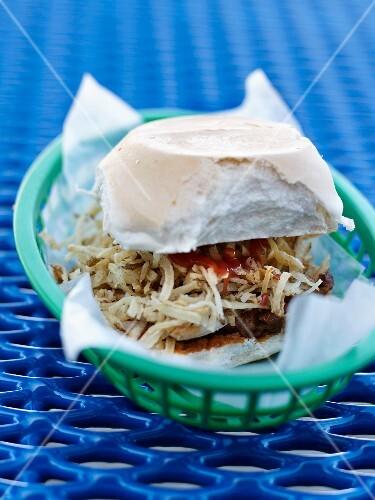 Beef steak and fried onion sandwich from El Mago de la Fritas
