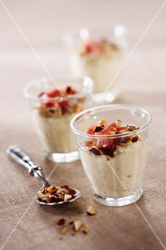 Cream of Jerusalem artichoke with Luxeuil ham and crushed hazelnuts