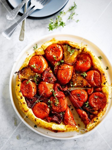Tomato and paprika tatin tart