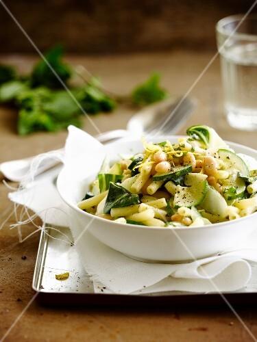 Macaronis with swiss chard,zucchinis and white haricot beans
