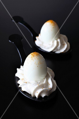 Hard-boiled quail's eggs with salty whipped cream