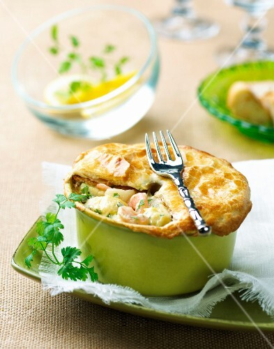 Small shrimp pie