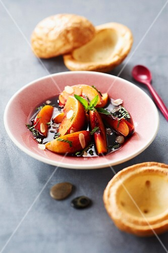 Peaches in spicy red wine,Craquelins from Plumaudan