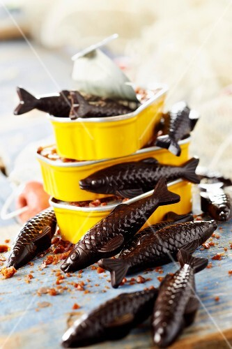 Dark chocolate Easter fish