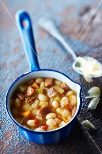 Paimpol bean, Luxeuil ham and Comté soup