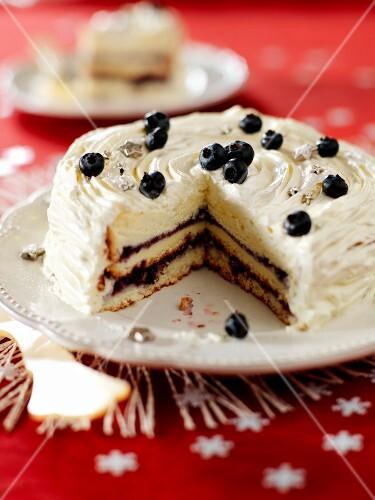 Bilberry and mascarpone Savoie cake