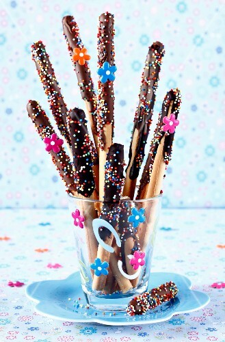 Chocolate breadsticks