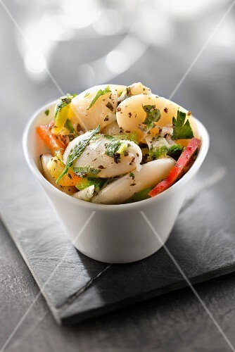 Pan-fried vegetables with herbs