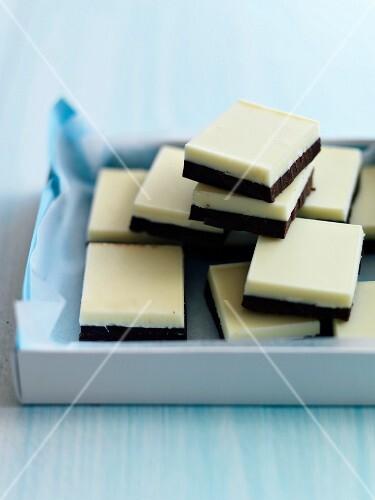 White and dark chocolate squares