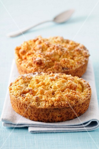 Crumble-style tartlets