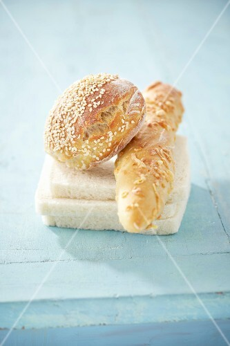 Small breads for sandwiches