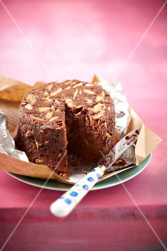 Nestlé chocolate and almond steamed pudding