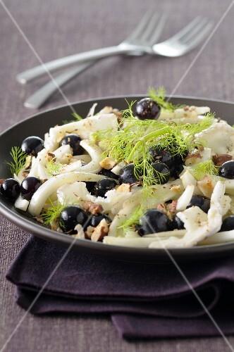Fennel,goat's cheese,black grape and hazelnut salad