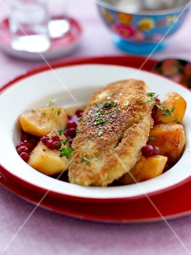 Breaded turkey escalope ,roasted potatoes with cranberries