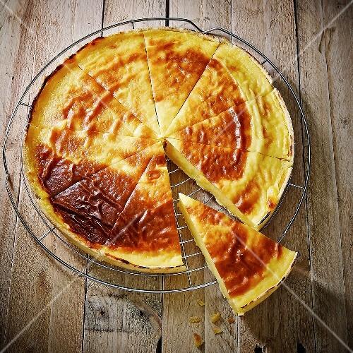 Baked egg custard tart