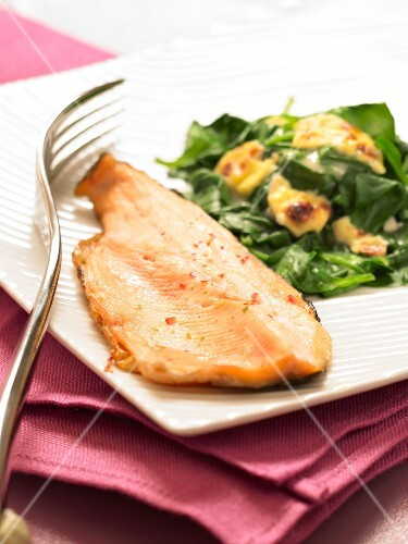 Fillet of trout with simmered and grilled spinach