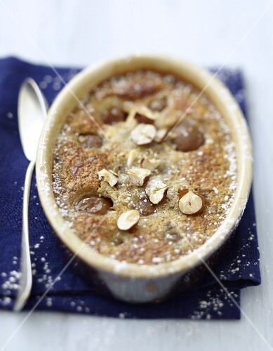 Mirabelle plum and hazelnut pudding