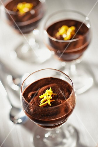 Chocolate mousse with orange zests