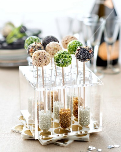 Three-flavored fresh goat's cheese pops