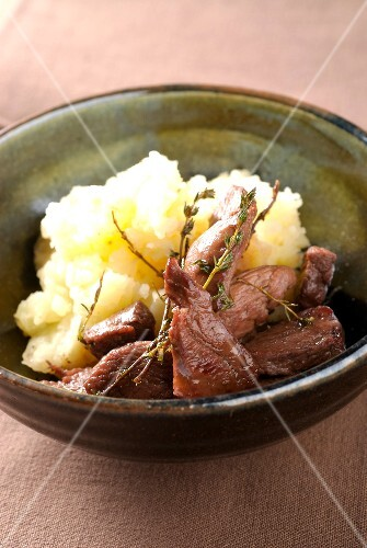 Thinly sliced duck with honey and balsamic vinaigar,mashed potatoes