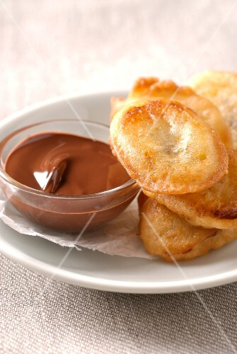 Banana fritters with chocolate sauce