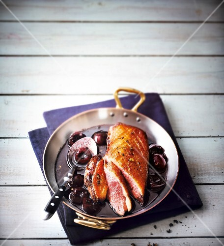 Duck magret with black cherries