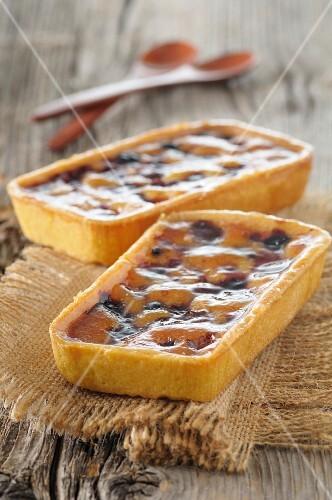 Pie-style summer fruit batter puddings