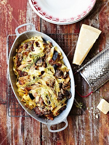 Tagliatelles,mushroom,eggplant and parmesan gratin