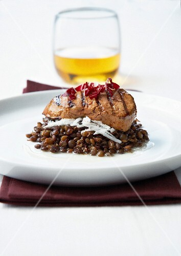 Pan-fried foie gras lentils, thinly sliced red cabbage and grated black radish