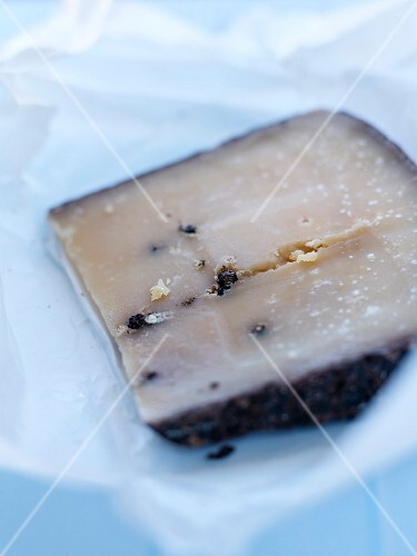 Peppery Tomme