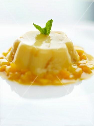 Iced mango pudding
