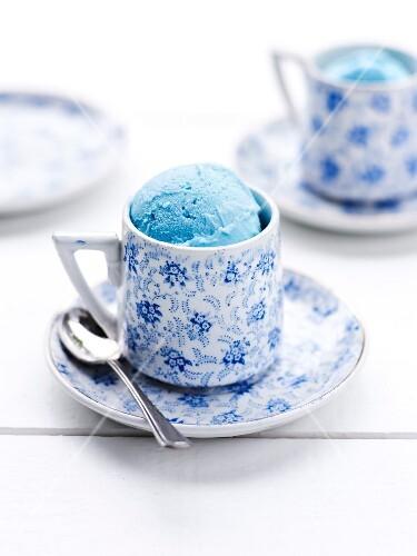 Curacao ice cream in a pretty cup